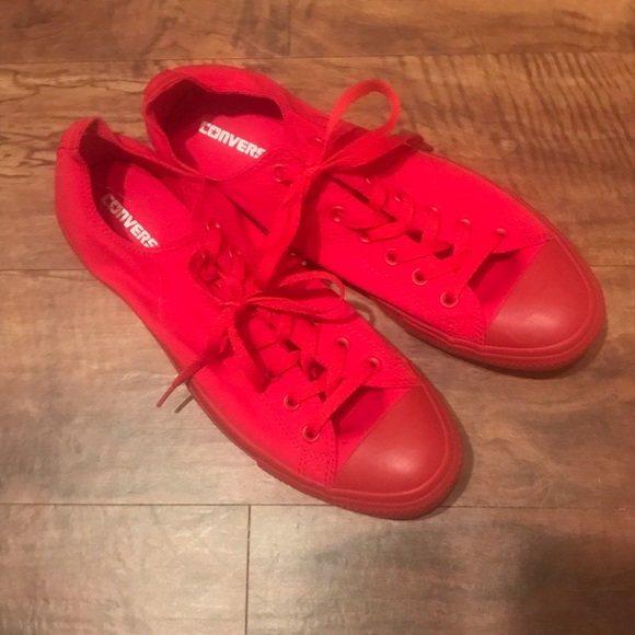 Converse Shoes | Rare Red Monochromatic